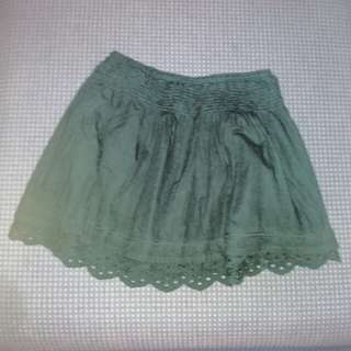 H&M cheerleader skirt (Repriced)