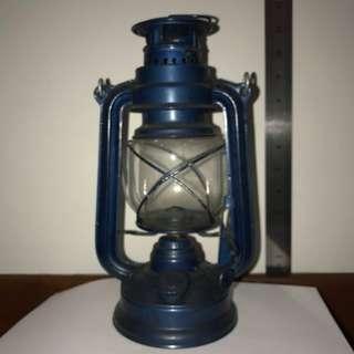 Vintage Kerosen Lantern Lamp