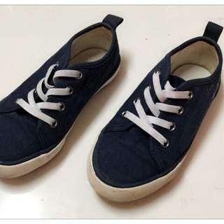 Boy's Shoes - Excellent Condition