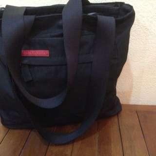 Prada beg