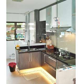 (2+1)- 605 Ang Mo Kio Ave 5 – Mins to MRT / Nicely Renovated / Fully furnished / Split Air-con.