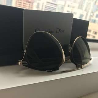 💯 authentic CHRISTIAN Dior sunglasses