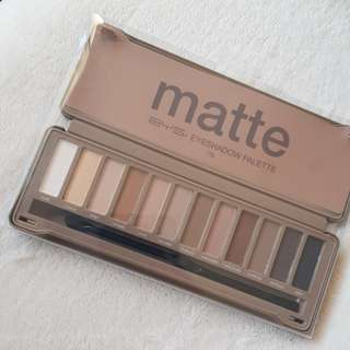 NEW!! BYS Matte Eyeshadow Palette.
