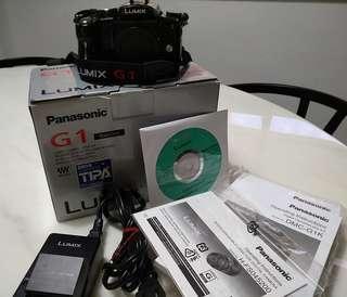 Panasonic LUMIX DMC-G1  (Body with box)