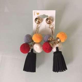 韓國絨球耳環