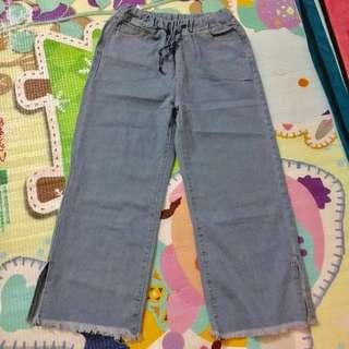 全新淺色牛仔橡筋褲頭闊腳褲(原價$150)