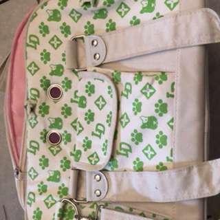 Stylish Pet Carrier Shoulder Bag