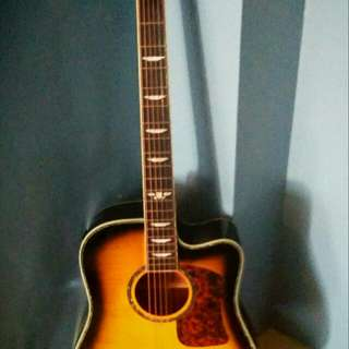 Guitar Keith Urban Acoustic / Electric