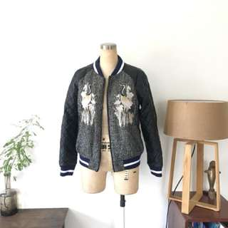 Faux leather quilted padded tweed jacket top with golden embroidery 仿皮夾棉仙鶴棒球外套not sacai toga chloe kenzo chanel brand new 全新