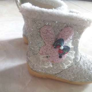 boot silver