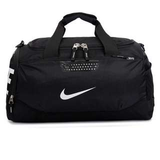 Nike旅行包包出清