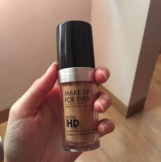 MAKE UP FOR EVER FOUNDATION ULTRA HD