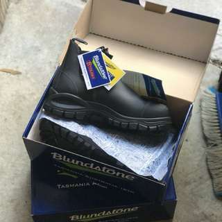Blundstones New Steel Cap Safety Boots Size 9