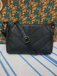 Slingbag Lirenniao Import Hitam/Black Tas Selempang Leather Kulit