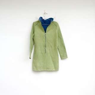 🚚 二手 綠色 不規則修邊 奇怪 絨面 彈性 洋裝
