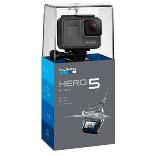 GoPro Hero 5 Black with free additional battery!
