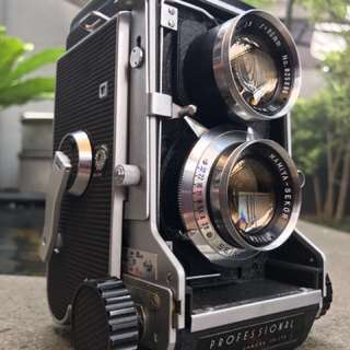 FOR SALE!! MINT! Mamiya C3 Pro! Lens Cap!