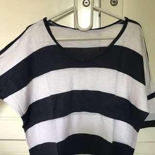 atasan garis batwing blouse