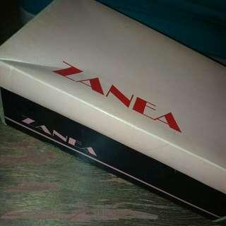 Zanea High Heels (Taupe)