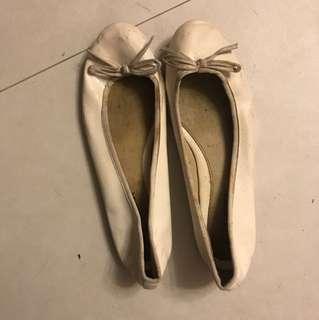 Maud Frizon Flat shoes