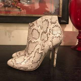 Mimco Snake Leather Boots