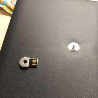 小皮文件套 連 16GB手指