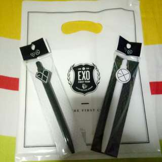 EXO official merch XOXO ball pen Kiss and Hug