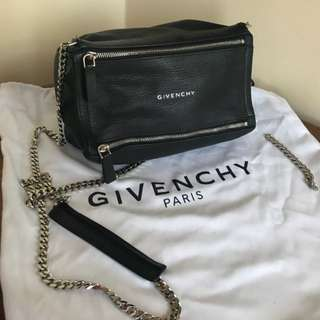 米蘭直送 Givenchy Pandora Mini Goatskin Chain Crossbody bag 山羊皮 斜咩袋 手袋