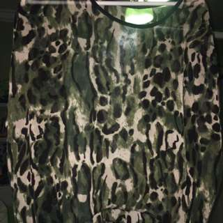 Short Sleeve Green Leopard Top