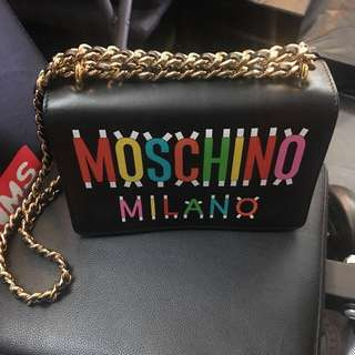 💯 real 95% new Moschino shoulder Bag 減價中