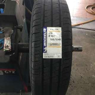 195/15 Agilis Michelin Tyre