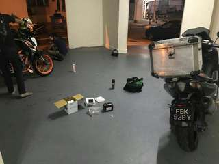 "Bike Been Rescue (Yamaha Tmax 530)             Location: Jurong West Ave 1         Time: 8.28pm (Night)            Date: 8 Jan 18             Cause: Battery Down (Replace New Battery)           ""Kureiji Response Team""      Emergency Service"