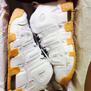 Nike air more uptempo gum sole