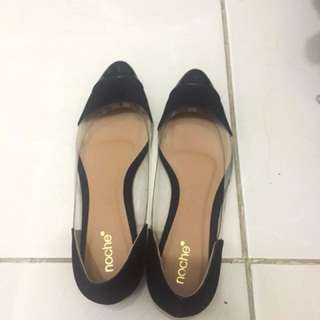 New NOCHE glass shoes 👠