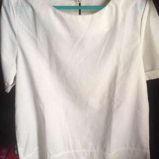 Zara top broken white fit to L