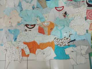Preloved baby clothing