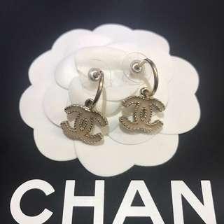 Chanel 氣質 吊cc logo 耳環