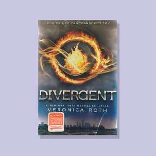 Divergent by Veronica Roth (YA)