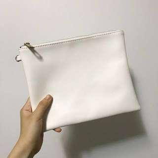 🚚 白色手拿包 內包