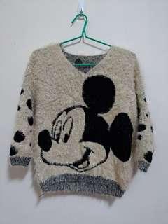 🚚 米奇毛衣