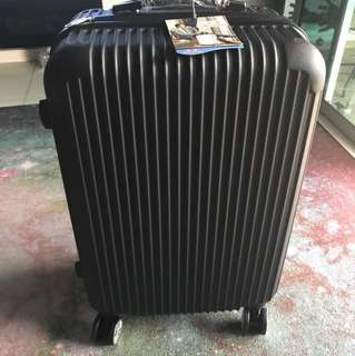 28 inch Matted black Luggage bag - Brand New