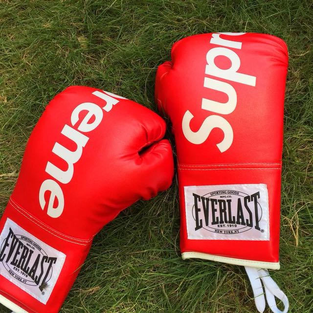 Supreme X Everlast Boxing Gloves - Just Me And Supreme