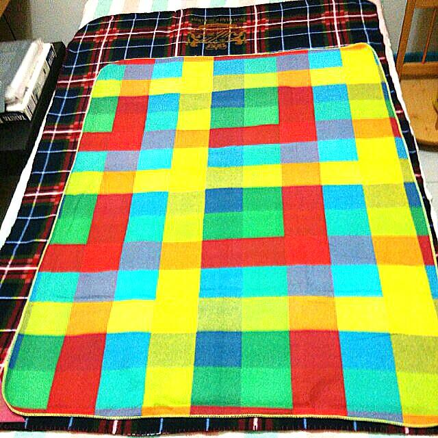 輕薄柔軟羊毛毯(可蓋可墊)
