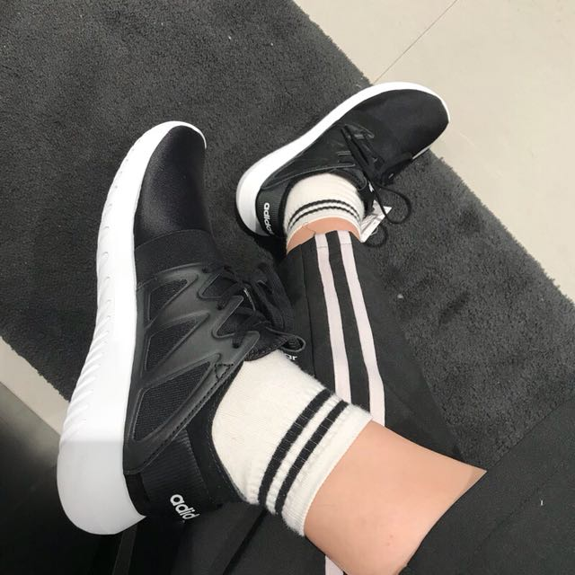 Adidas viral 黑白