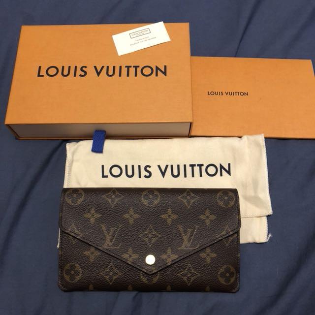 Authentic louis vuitton jeanne wallet