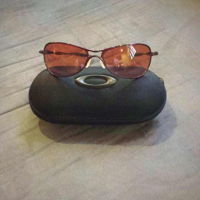 Authentic Oakley Sunglass