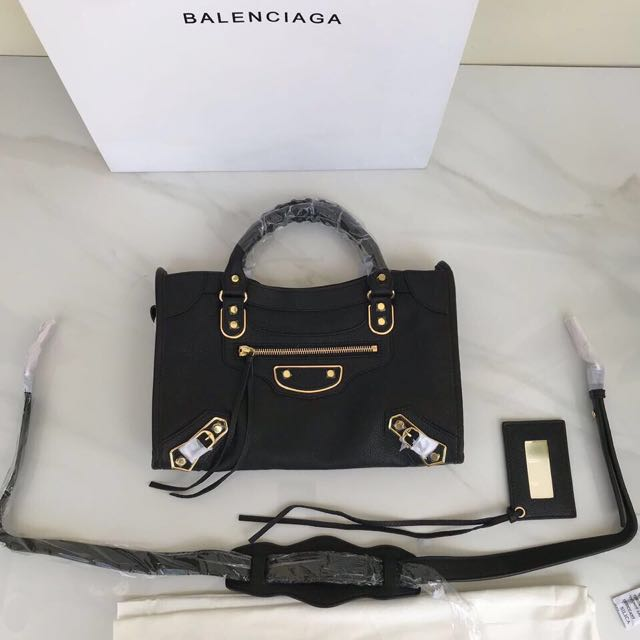 BALENCIAGA EDGE BAG