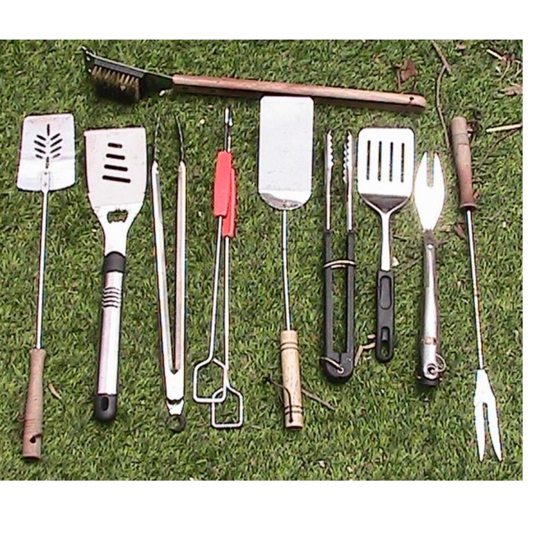 BBQ Tools and Cookbooks
