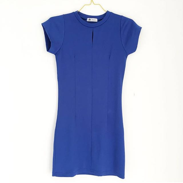 Blue slimfit dress