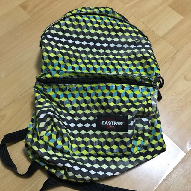 BN AUTHENTIC Eastpak Backpack Cube Cubic 3D Patterned